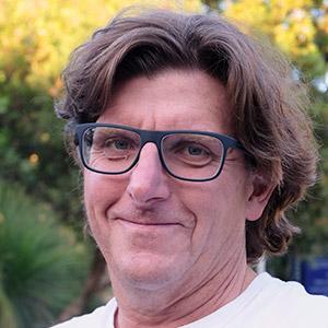 Dr Geoffrey Toogood